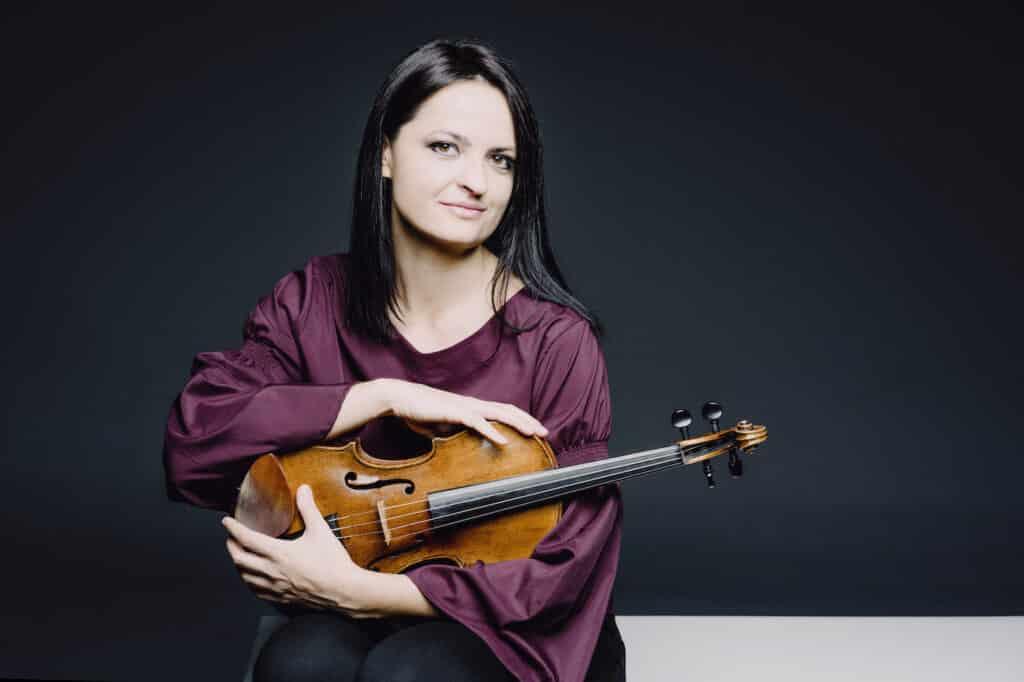 Lana Trotovsek: International Violinist