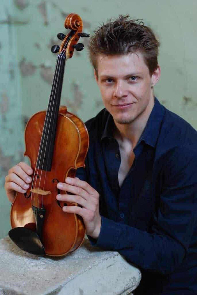 Gregor Hrabar: Violinist and Viola player